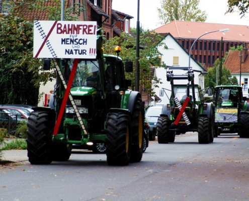 rollender Protestzug in Uelzen